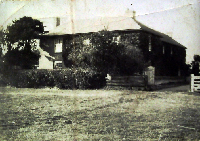 Highfields Farm Caldecote in about 1925 © J Day